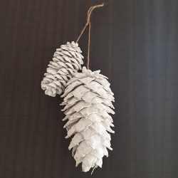 Šišarke Bele 15 i 10 cm